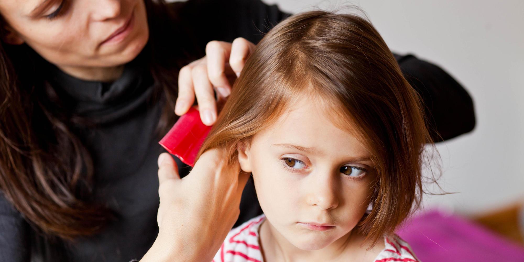 genitori preoccupati e apprensivi