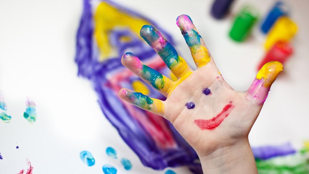 i benefici dell'educazione emotiva nei bambini