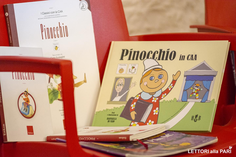 """Foto di tre versioni accessibili del libro """"Pinocchio"""" di Carlo Collodi"""